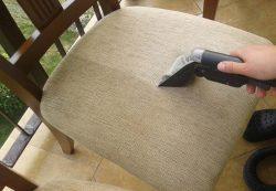 Czyszczenie i pranie tapicerki meblowej