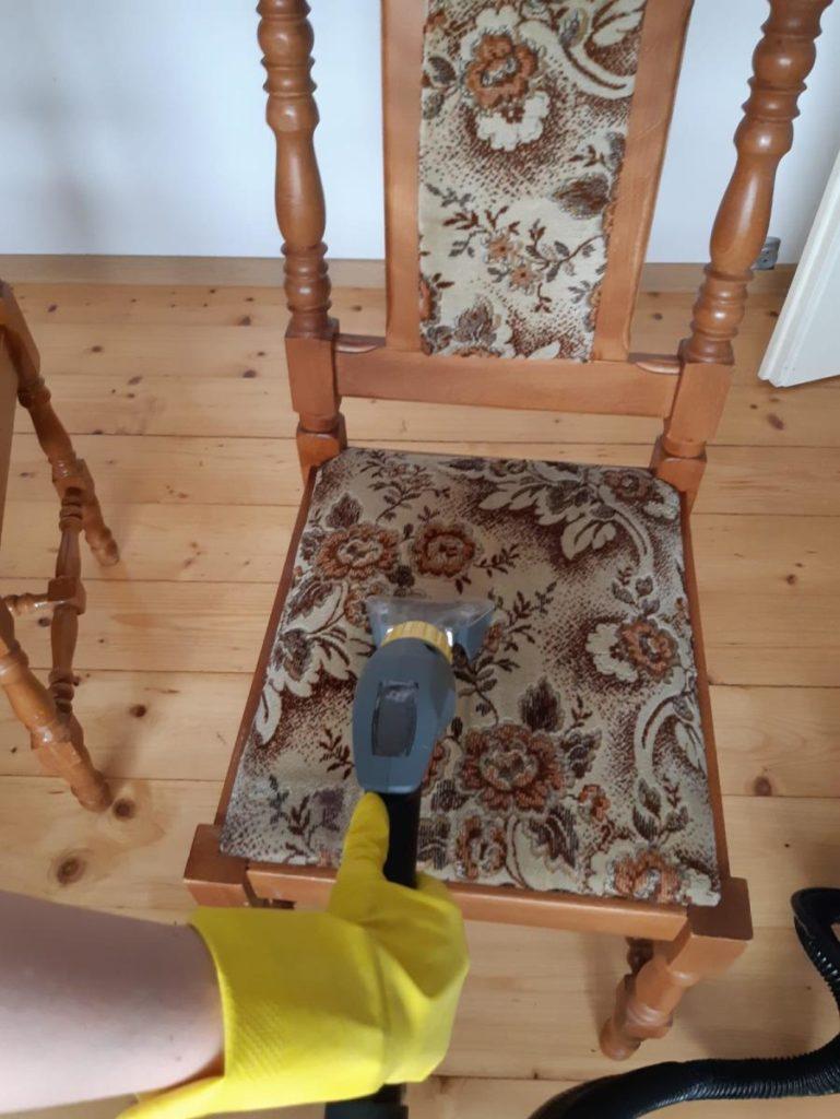 czyszczenie, pranie tapicerki meblowej - pranie tapicerki krzesła