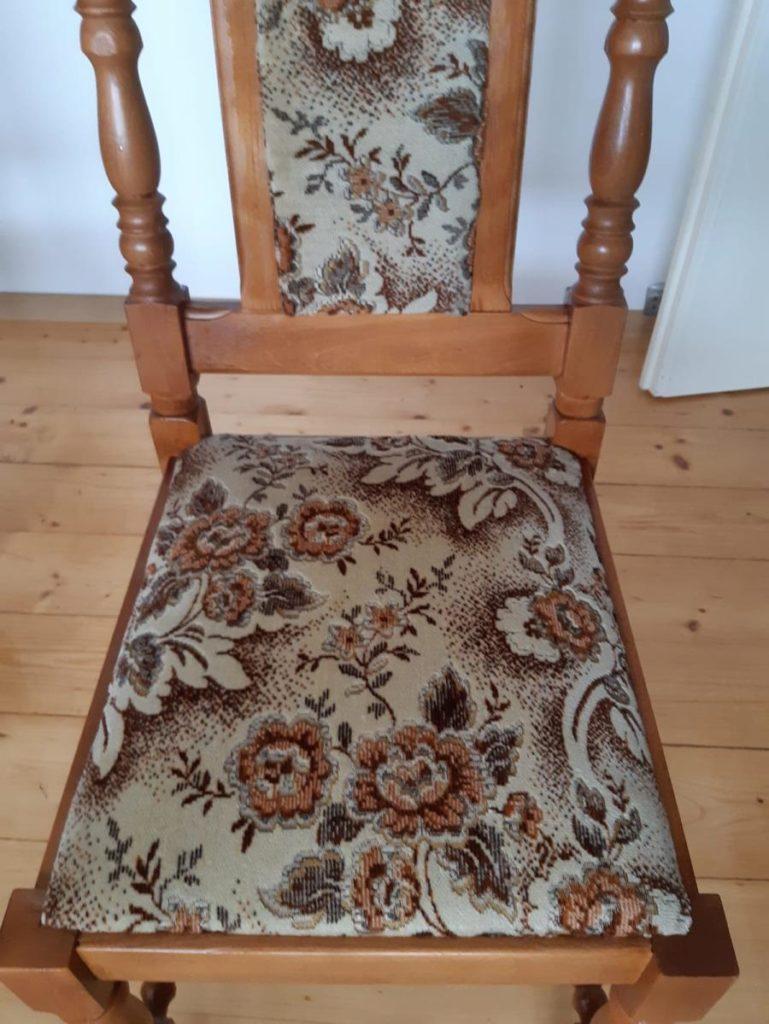 Czyszczenie tapicerki meblowej , pranie tapicerki meblowej - pranie tapicerki krzesła - efekt końcwy